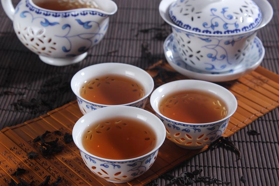 Savoir vivre i picie herbaty