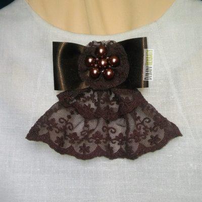 gorzka czekolada broszka fotografia