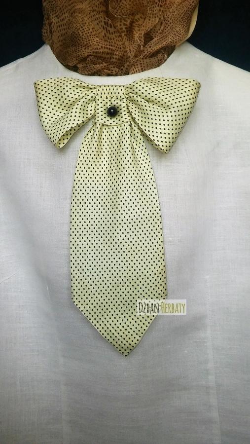 Broszka kokarda z jedwabnego krawata fotografia