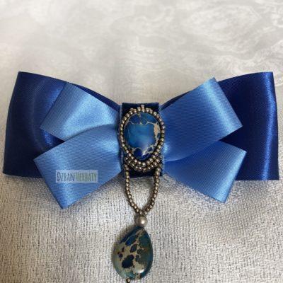 Broszka kokardka niebiesko-niebieska z jaspisami