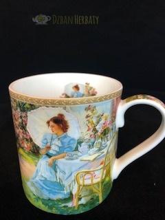 kubek porcelanowy firmy Carmani z obrazem Averina