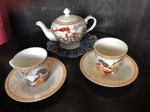 komplet do herbaty z porcelany z motywami dzieł A. Muchy