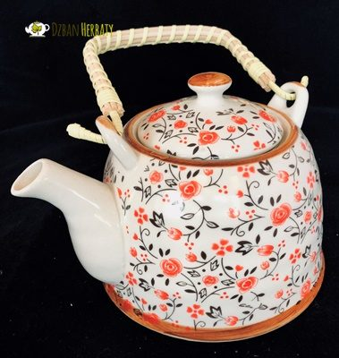czajnik z chińskiej porcelany z sitkiem do zaparzania herbaty